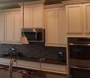 the experts to call for kitchen cabinet painting or refinishing